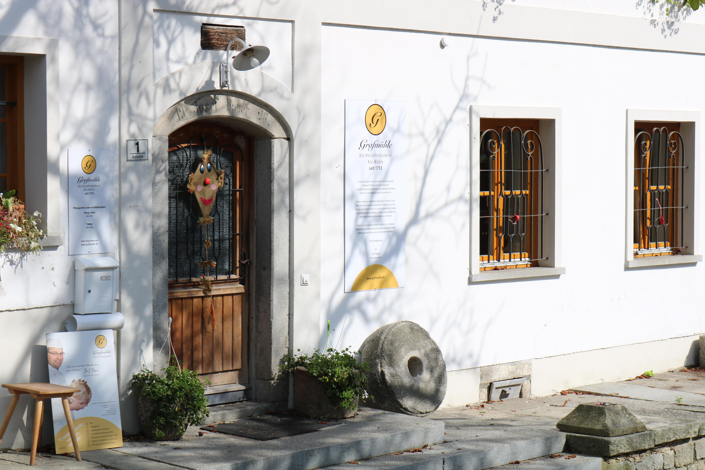 Holzofenbrot wie vor 100 Jahren: Die Biobäckerei Grafmühle bei Thyrnau