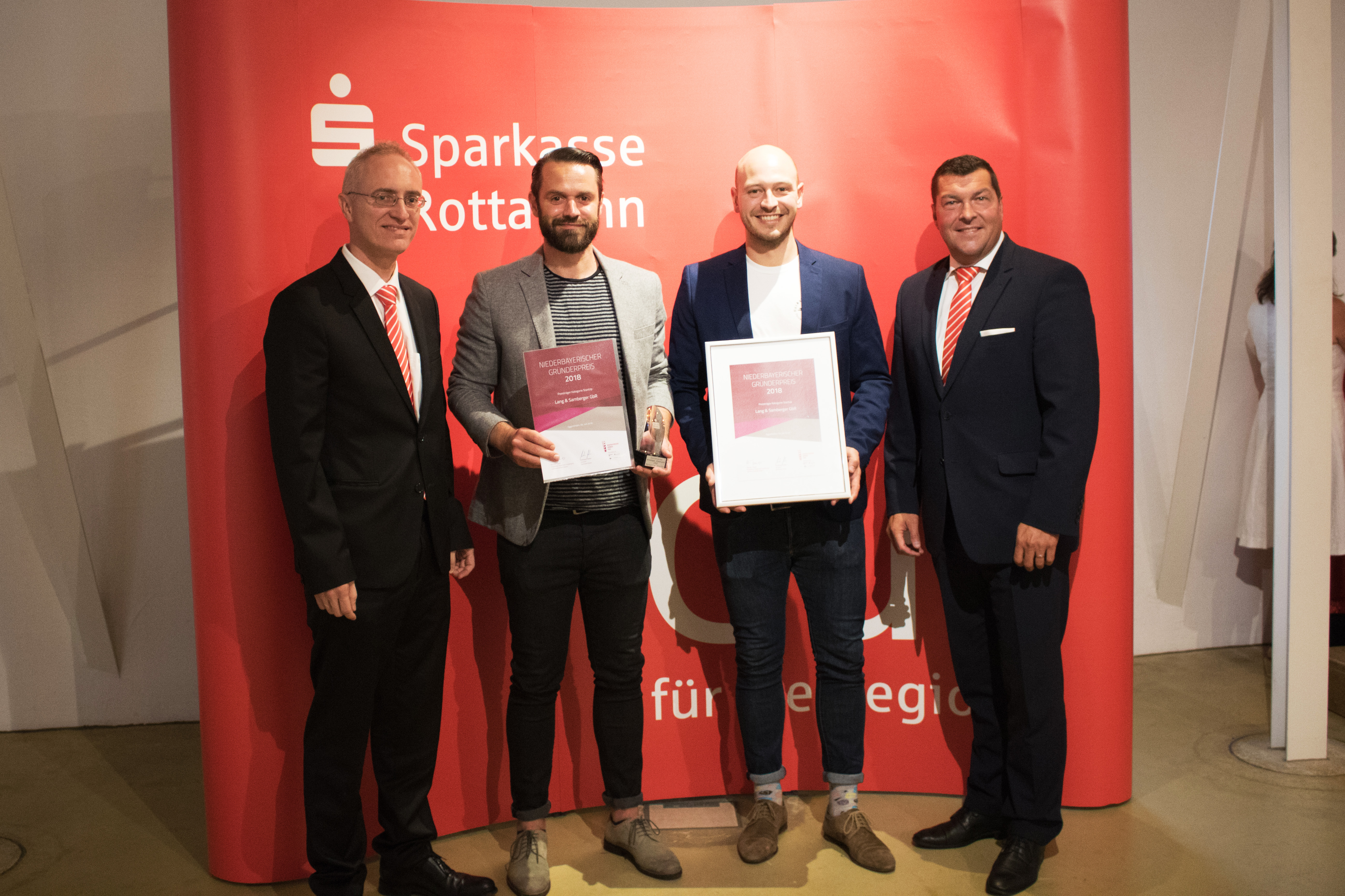 Niederbayerischer Gründerpreis für das Passauer Heimat Kracherl